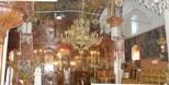festliche Kirchendekoration